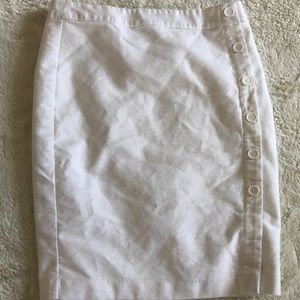 LOFT White Pencil Skirt - Size 8